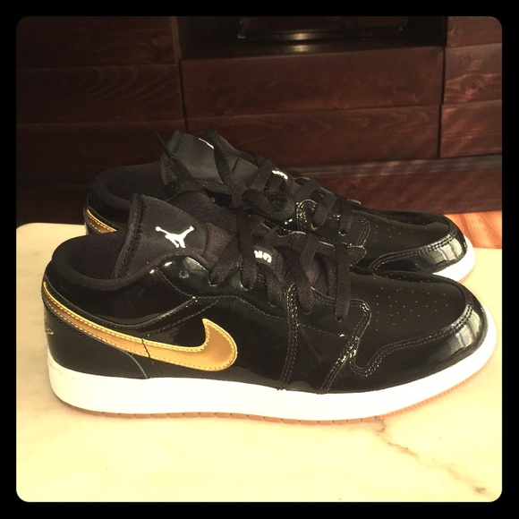 New Nike Jordan 1 Black   Gold Patent Leather e306dcd0a4